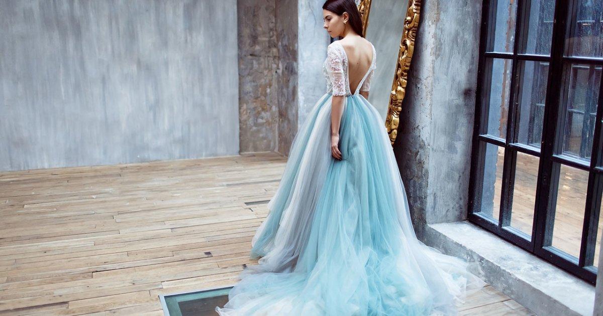6 мест, где можно взять в аренду вечернее платье – bit.ua 2f2943de94b